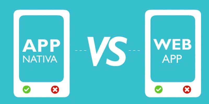dos imágenes de dos móviles que representa uno la App nativa y otro la web App